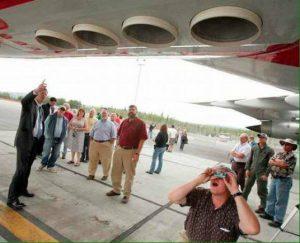Foto's van de binnenkant van een chemtrail vliegtuig