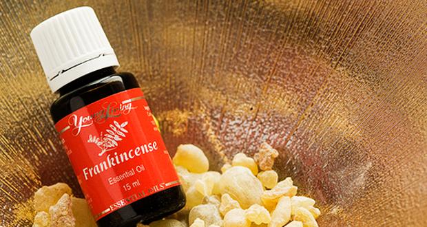 Wierook olie: een natuurlijke pijnstiller bij hoofdpijn en migraine