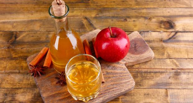 Huismiddeltjes om tandsteenvorming tegen te gaan: appelazijn